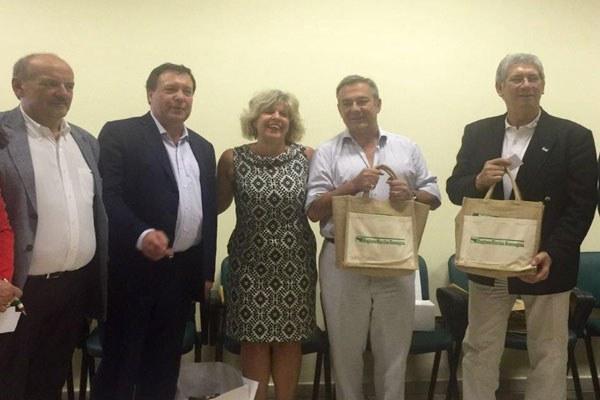Caselli e delegazione argentina del Rio negro