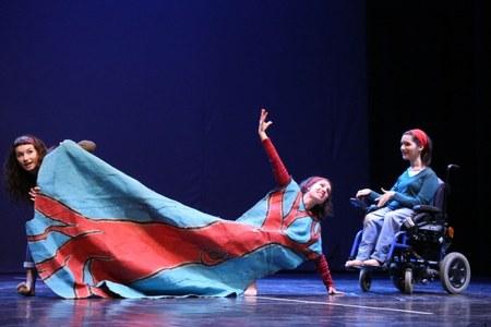 Disabilità, teatro, lavoro, donna