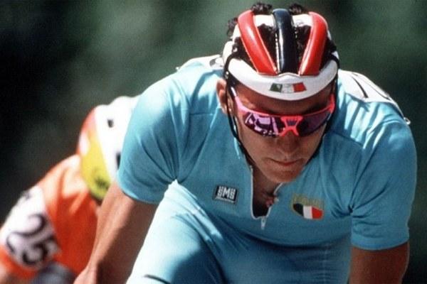 Fabio Casartelli, ciclista, bicicletta