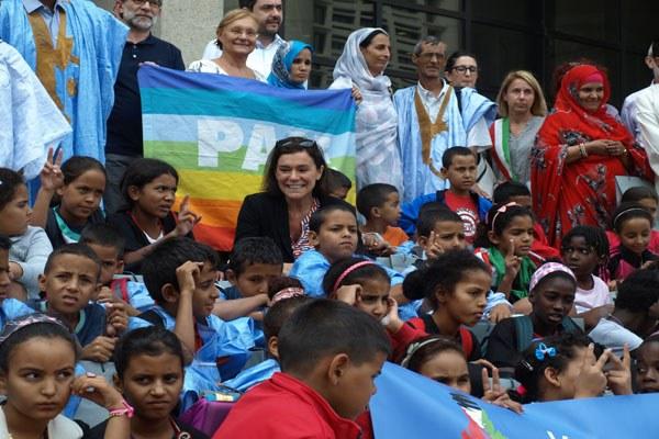Gualmini e bambini Saharawi