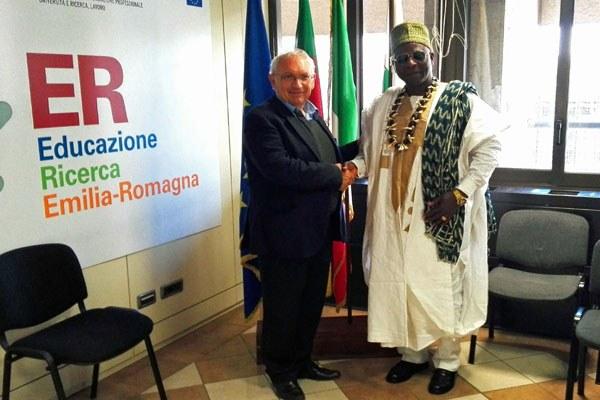 Patrizio Bianchi e la delegazione camerunense