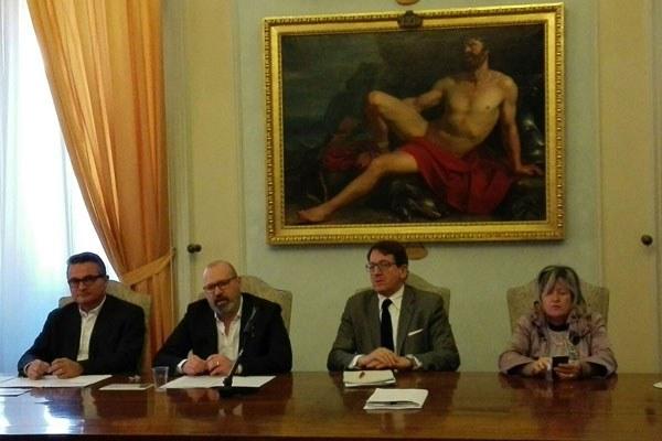 Bonaccini a conferenza stampa a Modena su infrastrutture