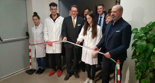 Bonaccini inaugura ampliamento Istituto Fermi Modena