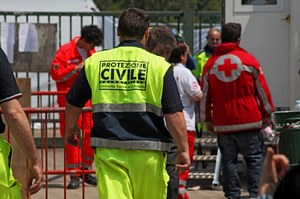 Protezione civile, tendopoli copyright Meridiana Immagini - foto di Andrea Samaritani