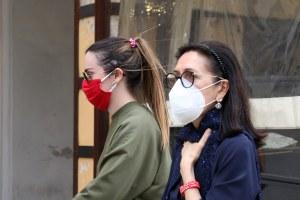 coronavirus donne passeggio.jpg