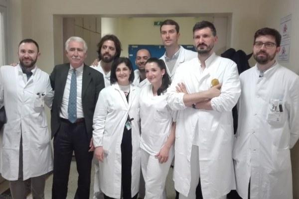 Operazione chirurgica con visore di realtà aumentata_Equipe Sant'Orsola
