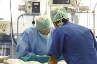 medico chirurgo operazione