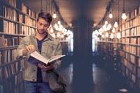 Studente, università, biblioteca