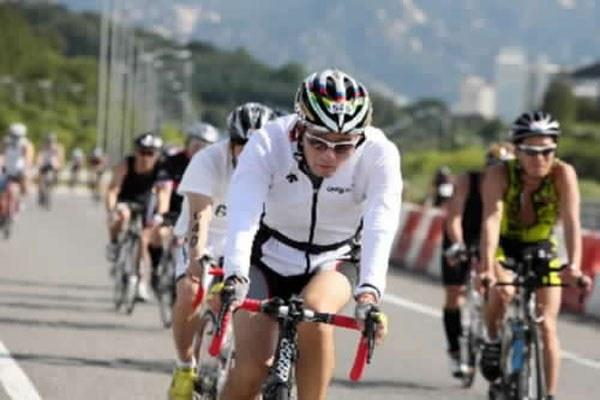 Ironman, ciclisti, gara