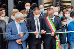 taglio nastro Felicori e Corsini museo Vasca Votiva