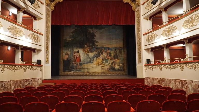 Pieve_teatro.JPG