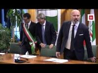 La firma dell'accordo di programma con il presidente Gentiloni