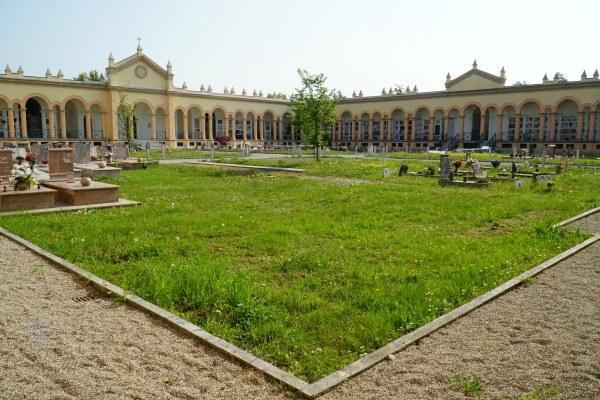 Inaugurazione Cimitero monumentale Concordia interno