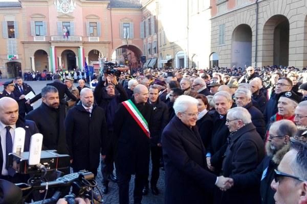 Le celebrazioni in piazza Prampolini