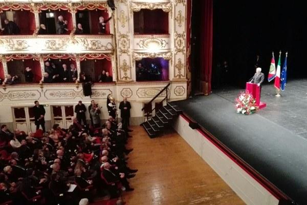 Mattarella al Teatro Valli