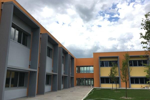 Scuola di Bondeno esterno - 2