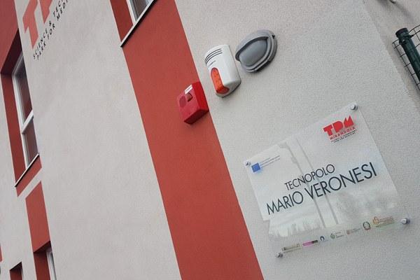 Targa intitolazione a Mario Veronesi