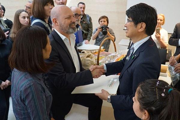Il presidente Bonaccini e il sindaco Tomihisa Taue