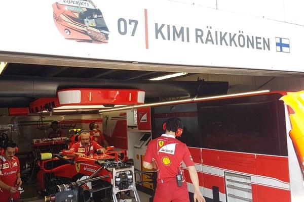 Il box di Raikkonen - 1