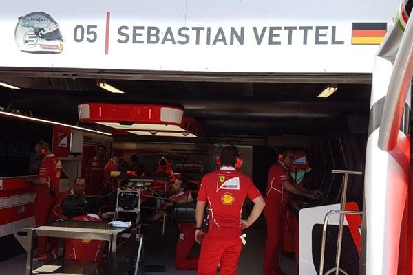 Il box di Vettel - 2