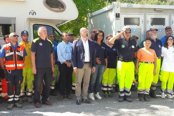 Terremoto Italia centrale, Bonacci e Gazzolo coi volontari di Protezione civile