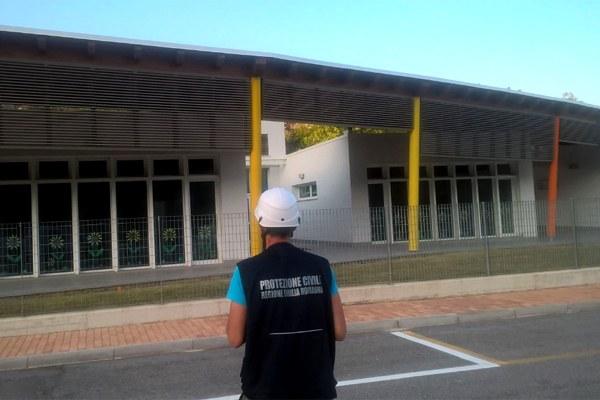 1 settembre 2016, sopralluogo alla scuola elementare di Folignano