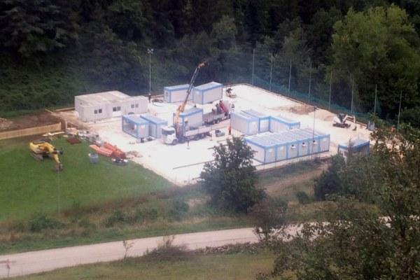 19 settembre, proseguono i lavori per l'allestimento della nuova scuola