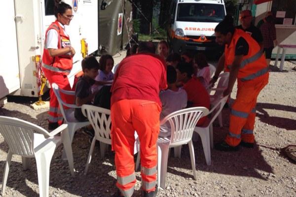 2 settembre 2016, attività con i bambini ospiti del campo