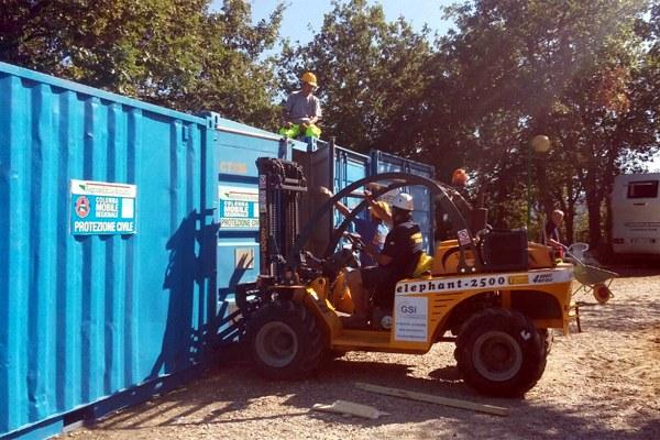2 settembre 2016, livellamento dei container