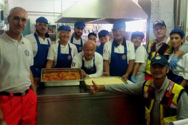 8 settembre 2016, amatriciana della cucina di Rimini al campo Balzo