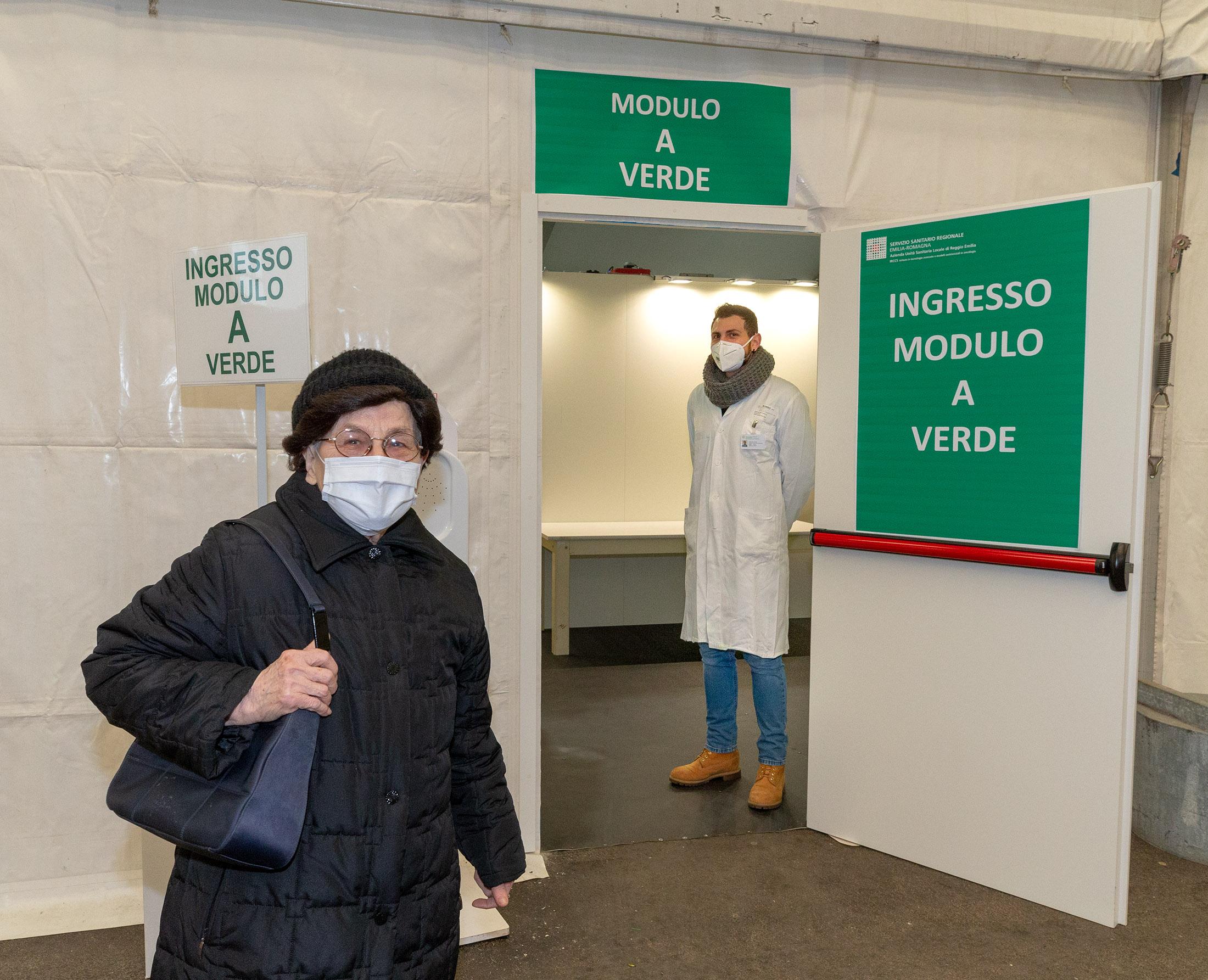 I primi vaccinati a Reggio Emilia