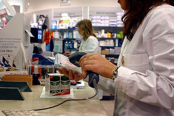 COVID, l'accordo: nelle farmacie del LAZIO test sierologico e tampone rapido  antigenico