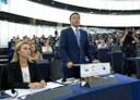 Il Presidente del Consiglio Renzi presenta al Parlamento Europeo la Presidenza Italiana