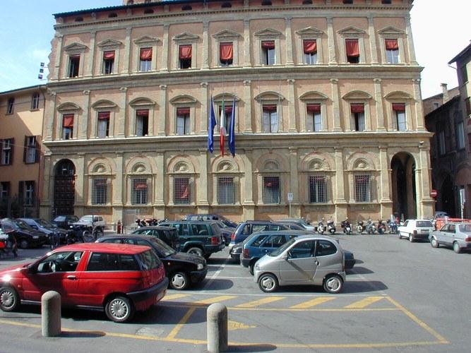Palazzo Malvezzi, via Zamboni 13 a Bologna. Foto Ufficio stampa Provincia di Bologna