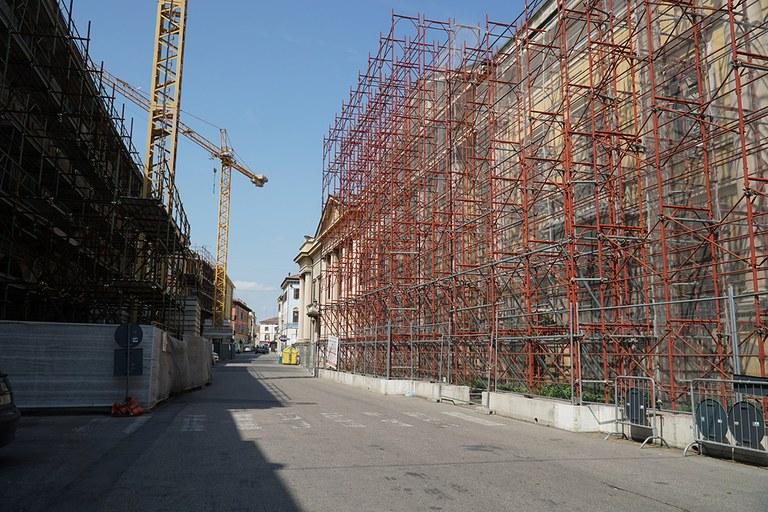 Mirandola. Cantieri di abitazioni in ricostruzione