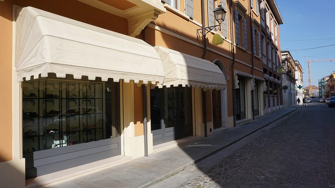 San Felice sul Panaro. Attività commerciali riaperte nel centro storico