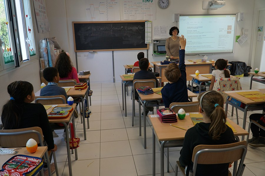 Castelfranco Emilia. Scuola Tassoni costruita ex novo