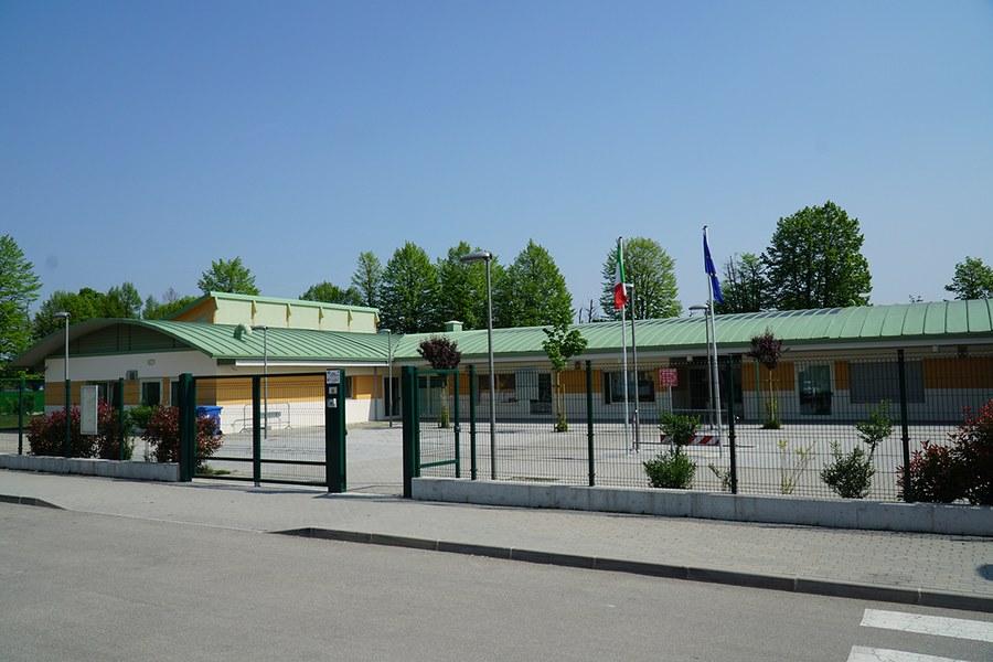 Camposanto. Scuola primaria comunale ricostruita